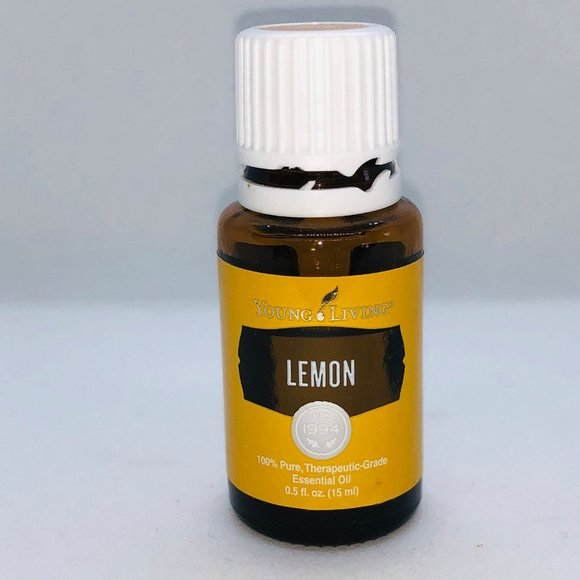 Young Living Essential Oil: Lemon